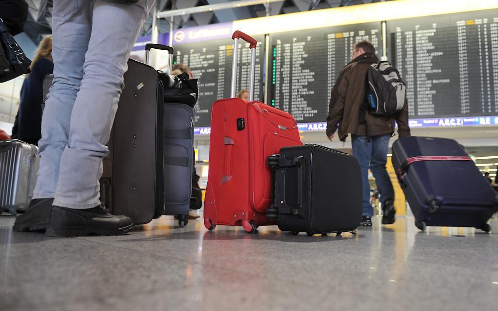 Диалог в Аэропорту Германии