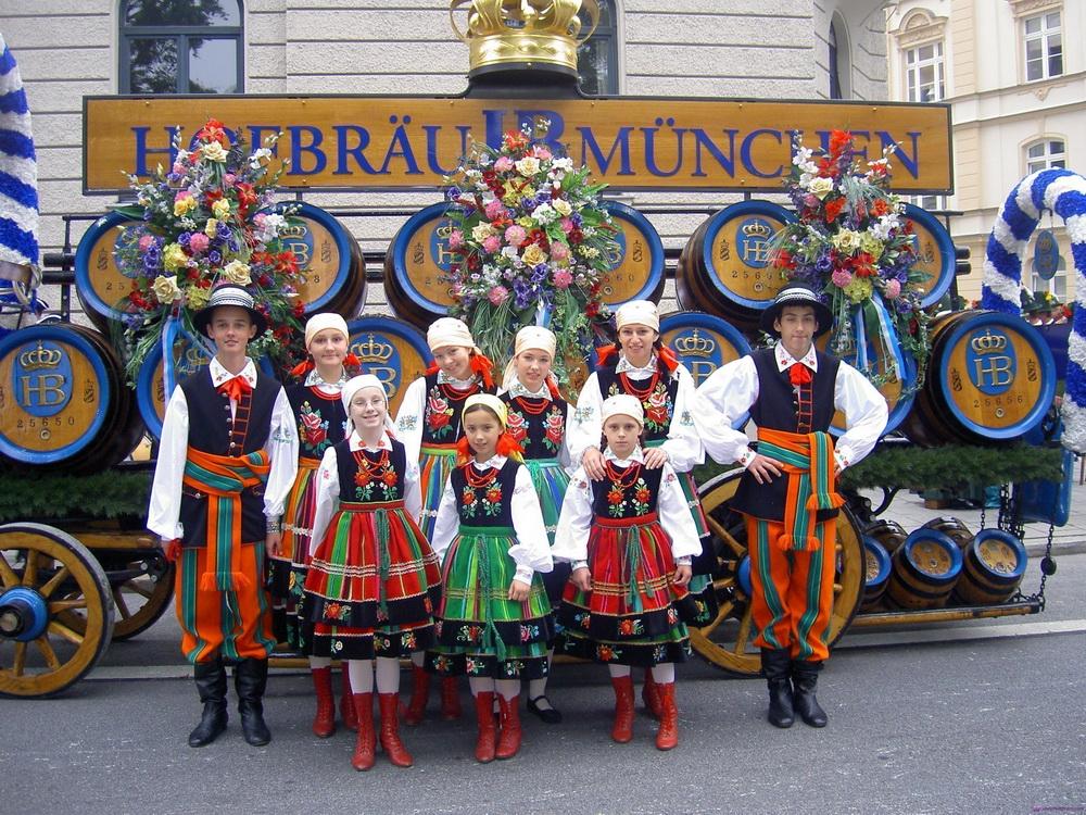 немецкая одежда на фестиваль