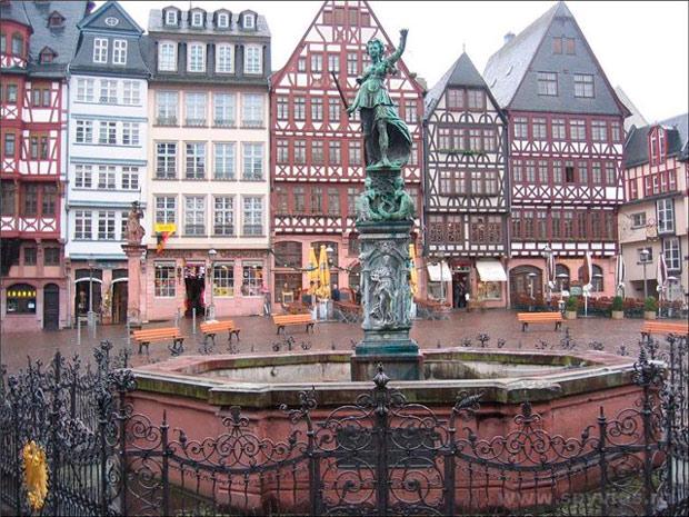 Топик с переводом: Deutsche Städte. Frankfurt am Main