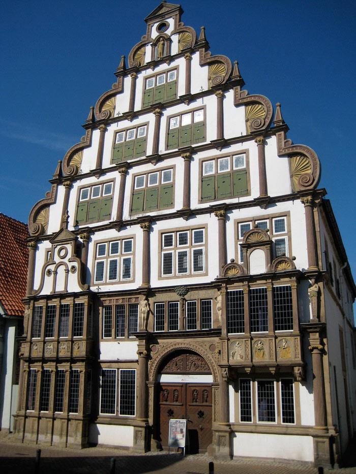 красивое историческое здание