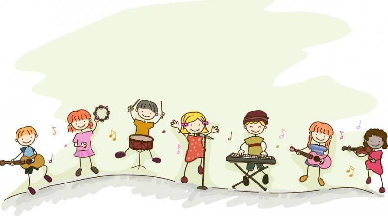 дети играют на разных музыкальных инструментах