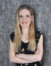 Ирина - репетитор по Skype